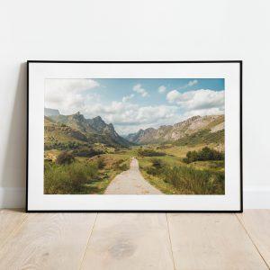 Fotografía del Valle de Somiedo en Asturias enmarcada